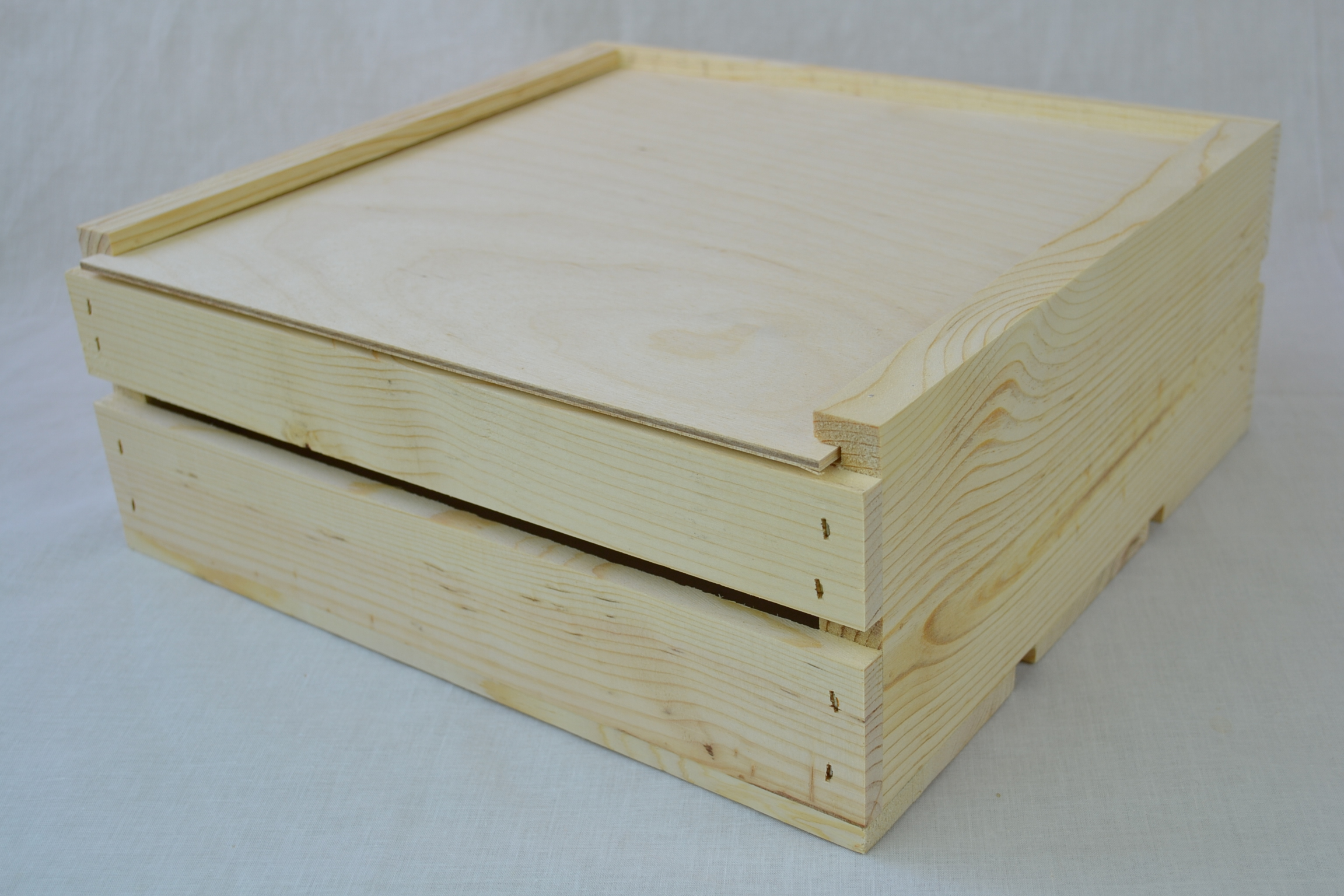 Wholesale wooden crate with sliding lid 11 x 11 x 4 qty for Timber crates